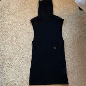 Black sleeveless turtle neck top - never worn